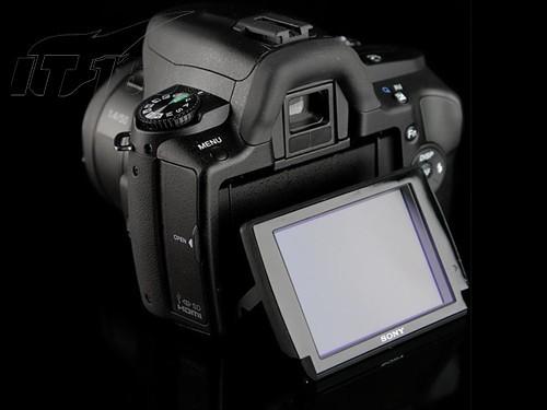 整体可观性高索尼α350相机售价3250元