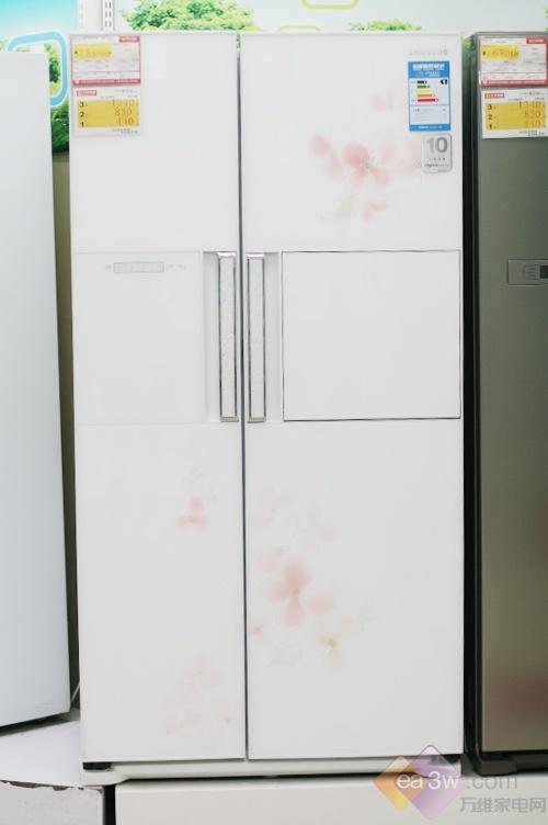 馨韵花纹唯美呈现 三星冰箱上演奢华风格
