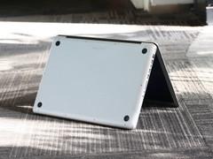 苹果 MacBook Pro 底盖图