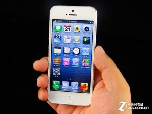 iphone5轻薄的机身只有拿在手中才有真切体会