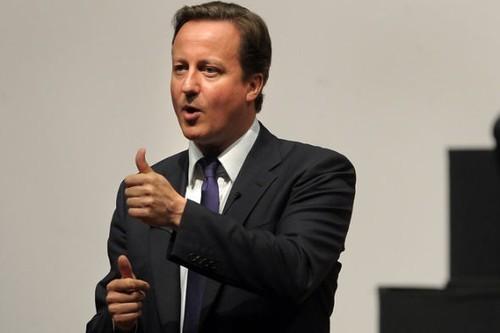 大方出手 苹果向英国首相赠送iPad平板