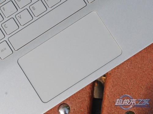 最薄触控超极本 宏�Aspire S7开箱图赏