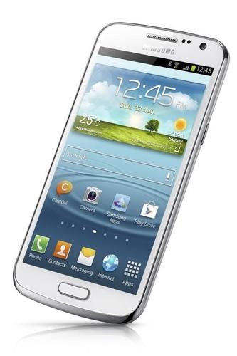 三星今日正式发布了传闻已久的Galaxy Premier智能手机