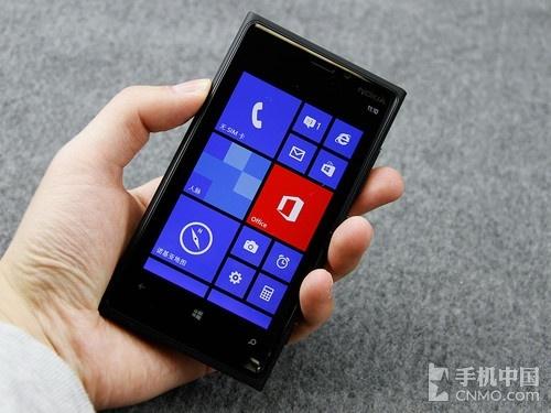 WP8旗舰来袭 诺基亚Lumia 920上手体验