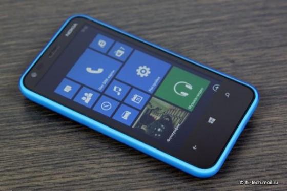 千元级骁龙双核WP8新机 诺基亚620图赏