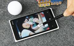 最具创新力 诺基亚920超敏感触控测试
