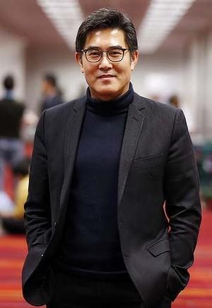 三星移动设计主管张东勋(donghoon chang )