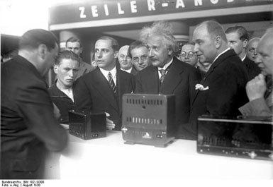 从4K电视回忆过去:IFA消费电子展走过53年