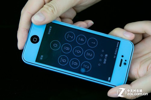 手机贴膜步骤图解