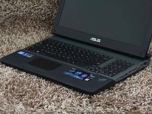华硕 G55黑色 键盘面图