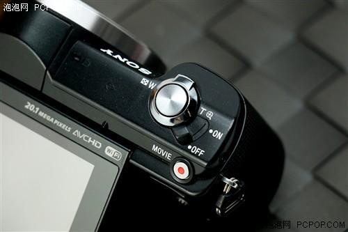 高性能与实用兼具索尼微单A5000评测