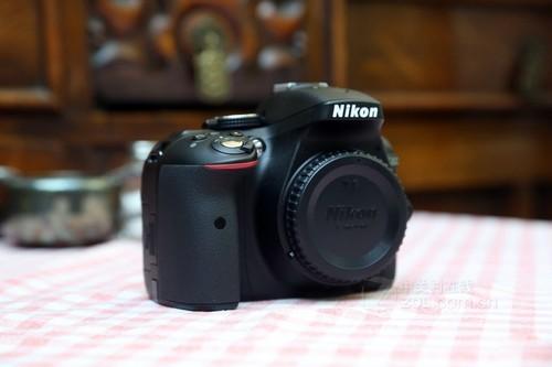 尼康 D5300黑色 外观图