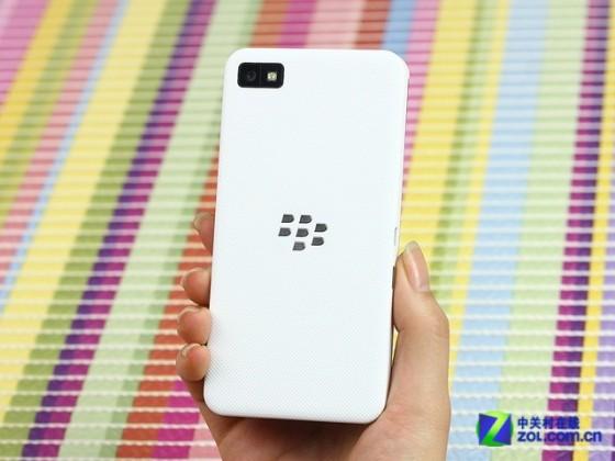 黑莓全触屏手机 黑莓Z10商家报价1399元