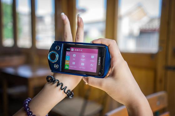 卡西欧TR350S相机试用:自拍摄影学校