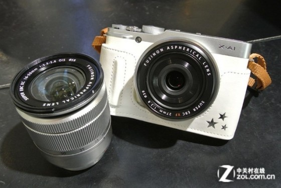 复古融合时尚 富士X-A1套机亚马逊促销