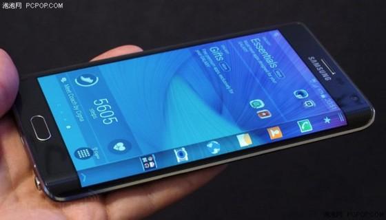 同为曲面屏 Galaxy Edge/G flex 2选哪个?