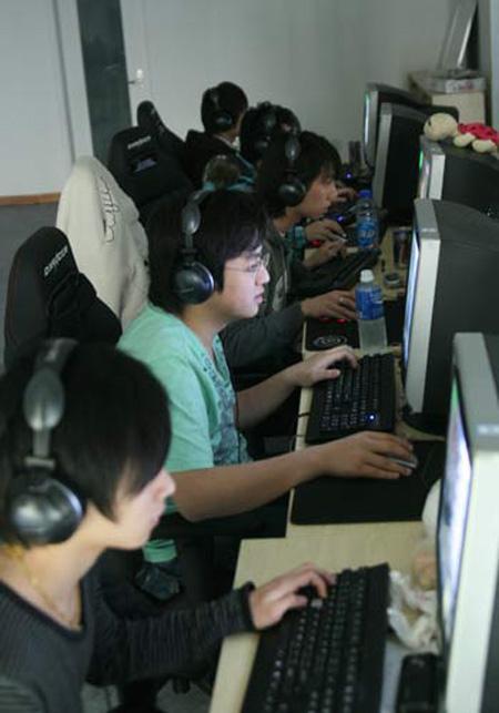 冠军的摇篮wNv.cn新赛训室训练抓拍