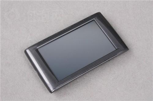 3.0英寸触摸屏幕酷比魔方B8抢先评测