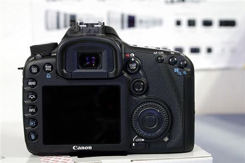 全画幅单反相机佳能7D最新价9950元