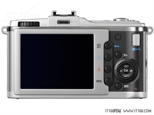 专业级单电相机奥林巴斯E-P2套机售6380元