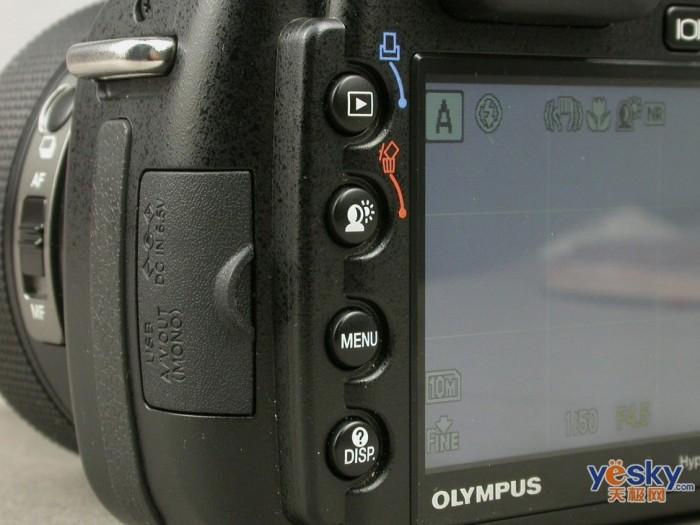 点击查看:奥林巴斯 SP570 UZ 下一张清晰大图