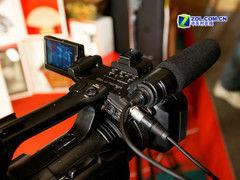 索尼3CMOS专业摄像机Z5C送包低价促销