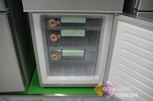 容声BCD-212M三门冰箱容声 BCD-212M产品类别三开门或多开门总