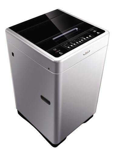 它设计的波盘有高于一般波轮的中轴,吸取了搅拌式洗衣机之所以缠绕最