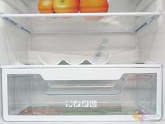 美的绚丽红面板一级节能冰箱热卖中
