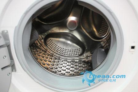 家电 > 正文   西门子洗衣机wd15h560ti滚筒内部   3d正负洗,双重动力