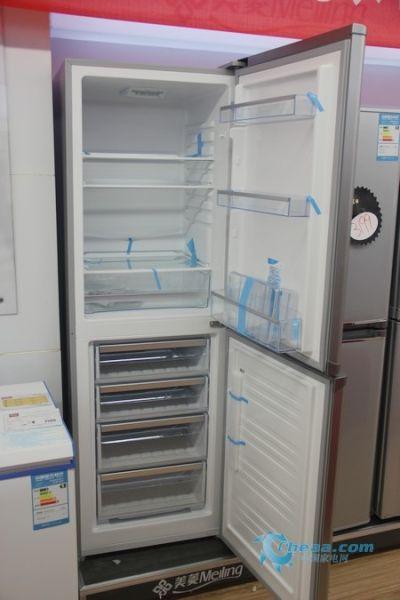 家庭务实之选美菱大容量两门冰箱热销