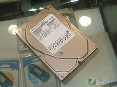 绝对超值日立250GB串口硬盘跌至360元