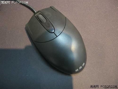 静音鼠按键的内部结构设计与其它鼠标不同,静音鼠通过红外线来感应