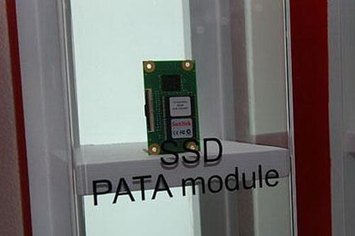 Sandisk展示超微小SSD