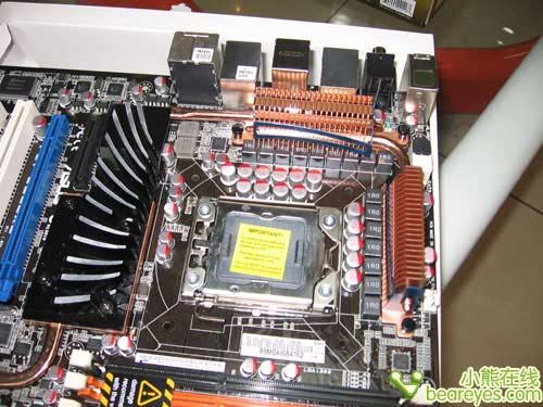 骨灰装备 华硕X58主板到货接受预订图片