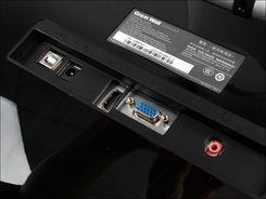 用手指玩魔兽两大触控显示器对比评测