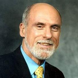 科技时代_互联网之父卸任ICANN主席 将完成5本书写作