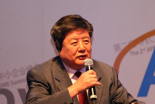 中小企业协会会长李子彬