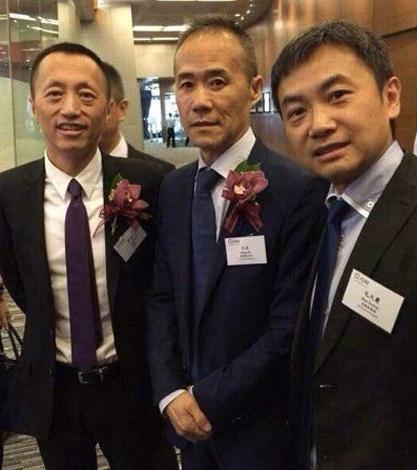 毛大庆已与老东家万科达成了合作。从左到右依次为郁亮,王石,毛大庆。