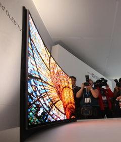 三星发布可弯曲屏幕OLED电视