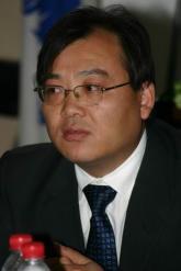 经济观察报总编刘坚