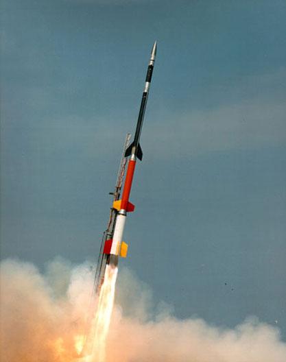 """美国NASA发射""""黑雁XII""""探空火箭"""