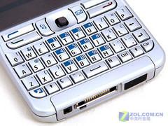 千万色靓屏诺基亚全键盘E61降至1790