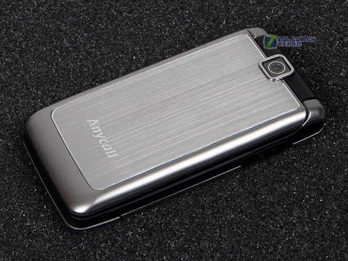 时尚金属拉丝三星低价翻盖S3600C评测