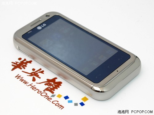 3D触控影音王LG娱乐手机KM900卖1099