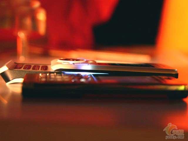 点击查看:索尼爱立信 W580c 下一张清晰大图