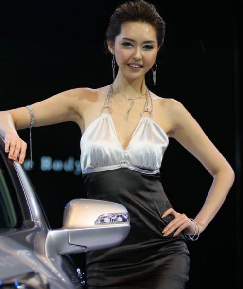 就是看美女展会女模特一览