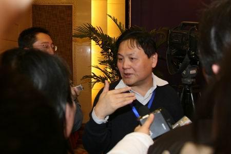 科技时代_图文:信息产业部新闻处处长王立健