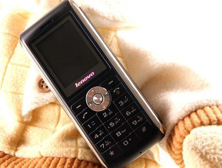 多种样式认你选择联想发布十款粉时尚手机