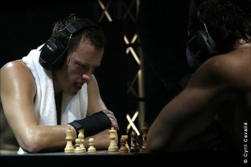 德国出现象棋拳击运动强身健脑同时进行